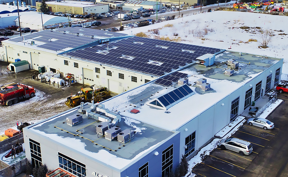 172 kW Ballasted + Flushmount Rooftop